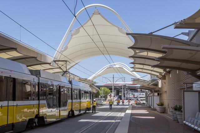 The Suburbanites' Guide to Dallas Rail: DART Orange Line
